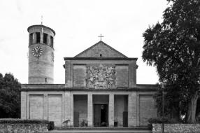Nieuws: Bisdom verzweeg misbruik Oeffeltse bisschop