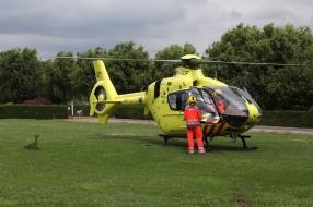 A73 dicht bij Vierlingsbeek na ongeluk, traumaheli opgeroepen