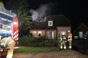 Nieuws: Bliksem slaat in: huis zwaar beschadigd, bewoners naar zieke