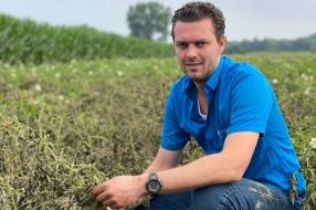 Nieuws: Boer Daan ziet 75 hectare met aardappelen, mais en bieten ko
