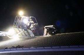 Nieuws: Branden door blikseminslagen in huizen in Boxmeer, Lithoijen