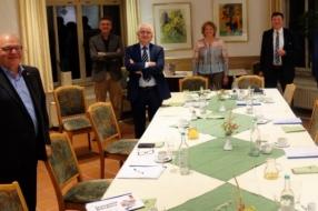 Nieuws: Corona brengt burgemeesters dichter bijeen