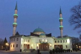 Corona zorgt voor sobere ramadan: geen avondgebed en volle eettafels