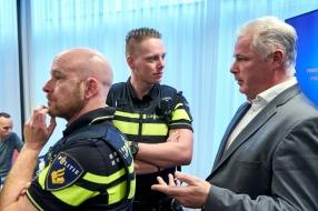 Nieuws: Coronanieuws: Politievakbond voorziet 'grote problemen' bij