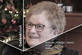 'De rolstoel  is weg en die andere stoel blijft leeg', gedenkhoek voor Mien van Haandel-Opheij