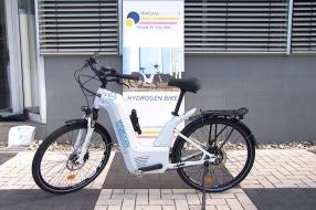 Nieuws: Dick heeft de eerste waterstoffiets van Nederland en wil dat