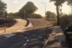 Dijkovergang Kerkstraat Bergen aangepast