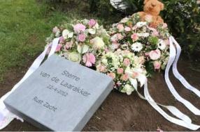 Nieuws: Dood vondelingetje Sterre is nog niet vergeten, maar ouders