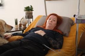 Nieuws: Doodzieke Anne kan bijna naar Barcelona voor operatie aan ha