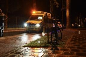 Nieuws: Fietsster naar ziekenhuis na botsing met auto in Velp