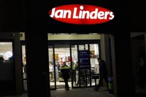 Nieuws: Gewapende overval op supermarkt Jan Linders in Sint Anthonis