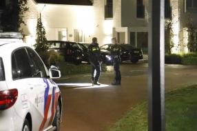 Nieuws: Huis beschoten in Cuijk: politie zoekt naar twee personen op