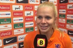 Nieuws: Kika van Es vraagteken voor WK voetbal, verdediger wordt geo