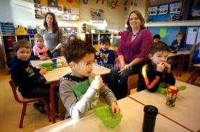 Nieuws: Lunchen met leerlingen in klas
