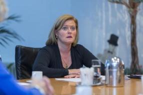 Nieuws: Sijbers: 'Onzekerheid in gezinnen'