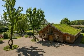 Nieuws: Vakantiehuis van 1,25 miljoen euro te koop in Ravenstein