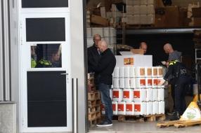 Veel spullen voor de hennepteelt gevonden bij controle van bedrijf in Venhorst