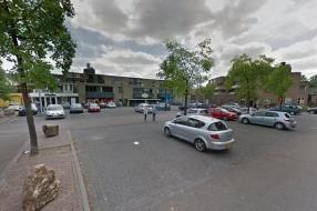 Nieuws: Velp wil betaald parkeren afschaffen: 'Het is gratis bier we