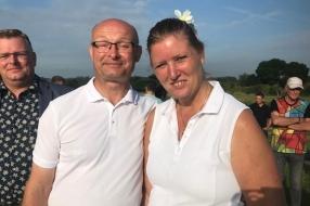 Nieuws: Vierdaagsebruiloft in Grave: Paul en Linda ontmoetten elkaar