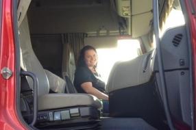 Nieuws: Vrienden willen eerbetoon voor verongelukte trucker Daisy: '