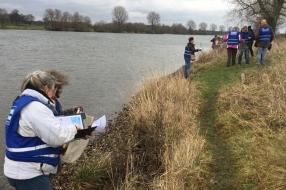 Nieuws: 'Wat een bende; onvoorstelbaar!' zeggen rivierafvalonderzoek