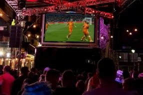 WK-finale komt eraan: iedereen wil Kika, Jackie, Daniëlle en de andere OranjeLeeuwinnen zien winnen