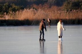 Nieuws: Zondag écht de laatste schaatsdag: weer drukte verwacht op v